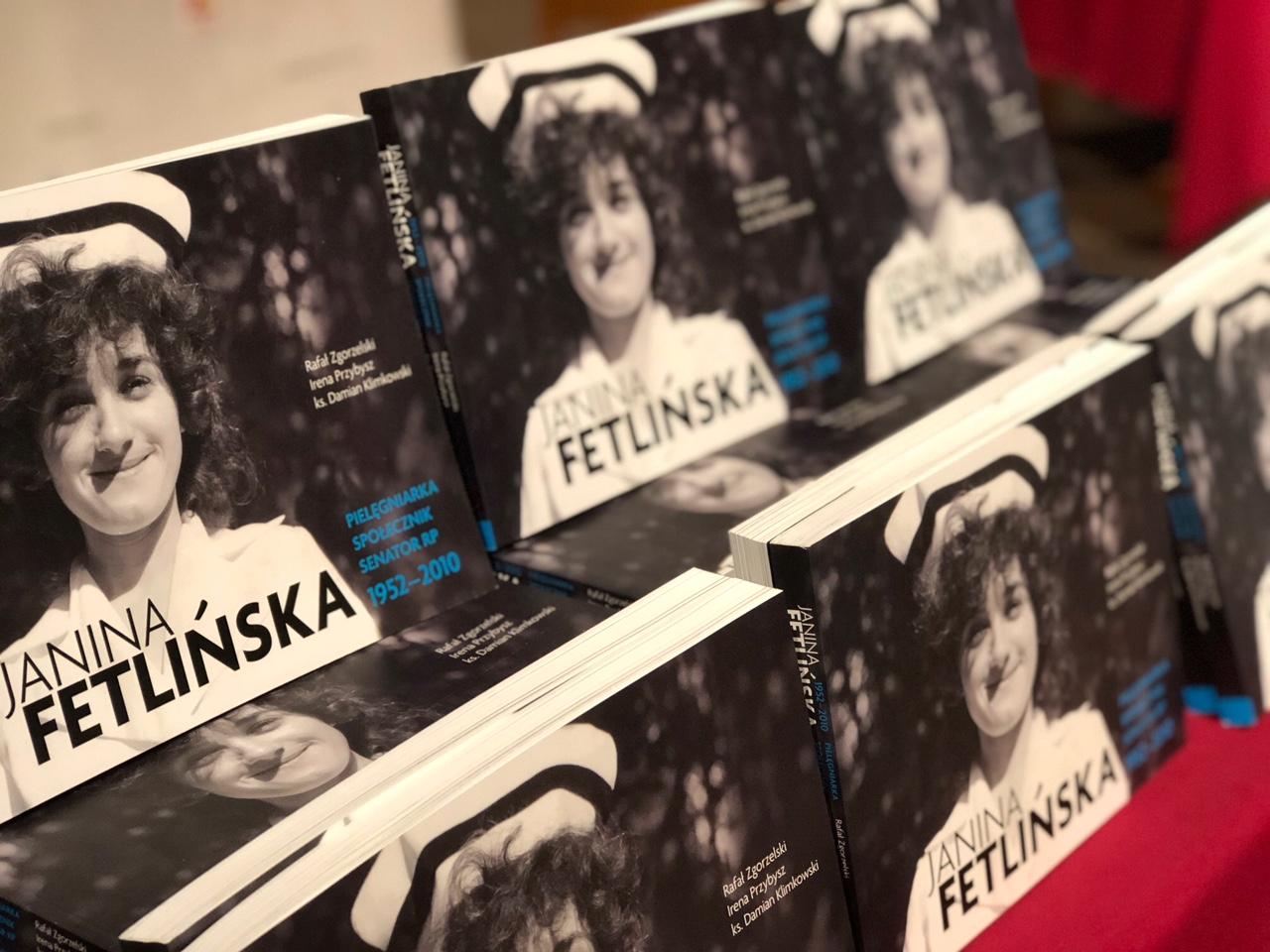 Powstał piękny album o śp. senator Janinie Fetlińskiej