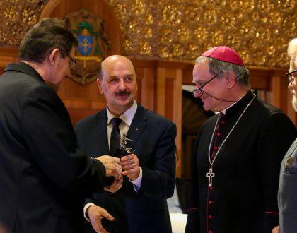 Mały Feniks 2019 dla ks. Dziekana Zbigniewa Sajewskiego
